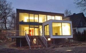 Ein-und-Mehrfamilienhaus